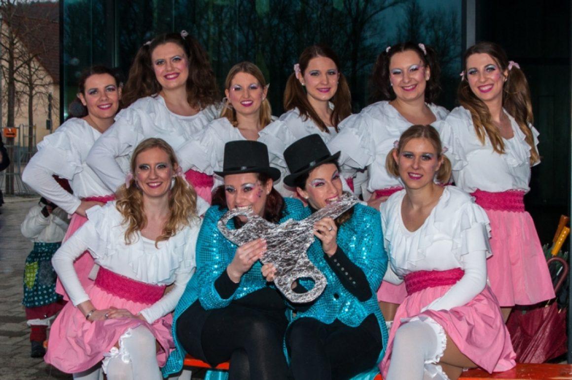 Blue-Diamonds-Narrenbaum-aufstellen-Neckartailfingen-20.01.2018-5